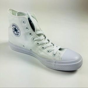 Converse All Star Chuck Taylor 2 White Sneaker New